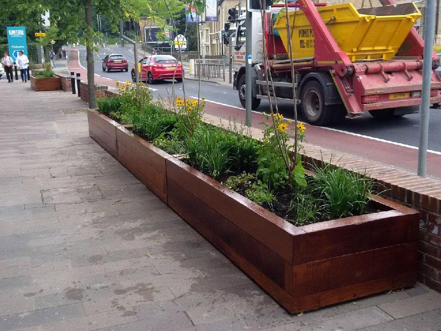 timber-planter-3