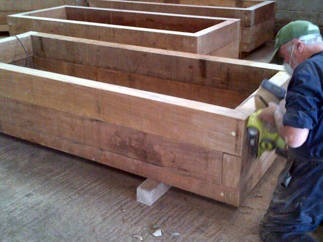 timber-planter-5